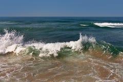 Волнистое Средиземное море Стоковое Изображение