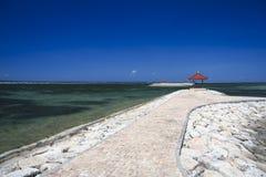 Волнорезы Бали Индонесия пляжа Sanur стоковая фотография rf