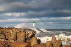 Волнорез в шторме Стоковое Изображение RF