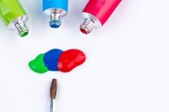 Водные краски с paintbrush Стоковые Изображения RF