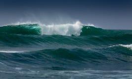 Волны в море стоковые изображения