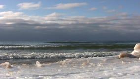Волны зимы видеоматериал