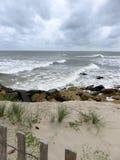 Волны на береге стоковое фото rf