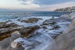 Волны на волнорезе Стоковая Фотография RF