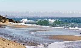 Волны на пляже Чёрного моря в Болгарии Стоковое Изображение