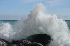 волны пляжа бурные Стоковые Изображения