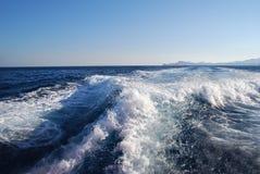Волны Средиземного моря на пляже Стоковая Фотография RF