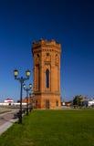 Водонапорная башня красного кирпича Стоковые Фотографии RF