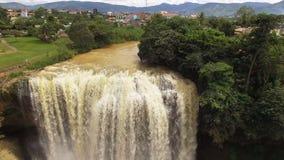 водопад Вьетнама сток-видео