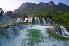 водопад Вьетнама gioc запрета стоковое фото