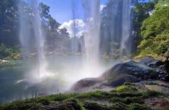 Водопад в джунглях Стоковое Фото