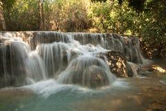 Водопад в джунглях Стоковая Фотография RF