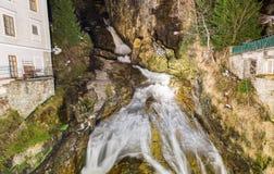 Водопад в курортном городе плохом Gastein лыжи, Австрии стоковая фотография