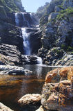 Водопад вдоль тропы выдры Стоковые Изображения RF
