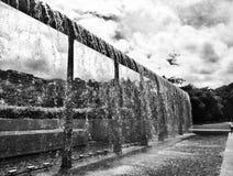 Водопад в парке стоковые изображения