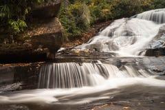 Водопад и лес осенью Стоковая Фотография RF
