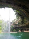 Водопад на заповеднике бассейна Гамильтона около Остина Техаса Стоковые Изображения RF