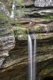 Водопад на пещере золы Стоковая Фотография