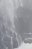 Водопад на фьорде Drygalski, Южной Георгие стоковая фотография