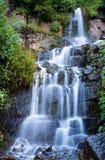 Водопад около Mt Timpanogos стоковые фотографии rf