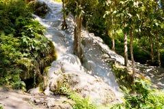 Водопад рая липкий в Таиланде Стоковые Изображения RF