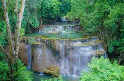 водопад Таиланда mae kanchanaburi kamin huai Стоковое Фото