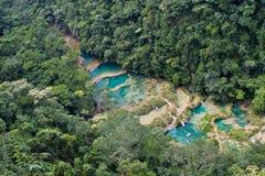Водопады Lanquin Стоковая Фотография