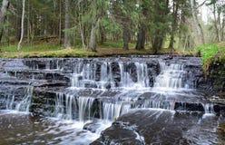 Водопады Laulasmaa стоковая фотография