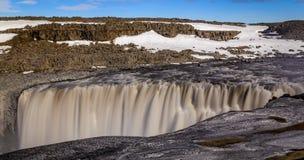 Водопад Dettifoss в северной Исландии стоковые изображения rf