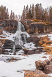 Водопад II Steinsdalfossen стоковое изображение rf