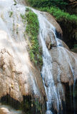 Водопад Ko-Luang на национальном парке Пинга Mae, Таиланде Стоковое Фото