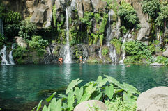 Водопад Les Cormorans на Острове Реюньон, Франции Стоковая Фотография RF