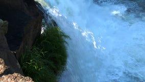 Водопад Lo ребенка в плато Bolaven, Лаосе сток-видео