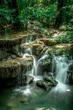 водопад mae khamin huai стоковая фотография