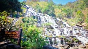 Водопад Mae Ya в национальном парке Doi Inthanon Стоковые Изображения