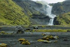 Водопад Ofaerufoss в каньоне Eldgja Стоковая Фотография