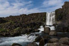 Водопад Oxararfoss в национальном парке Thingvellir в Исландии Стоковое Изображение RF