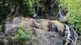 Водопад Pha Suea сток-видео