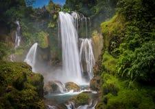 Водопад Pulhapanzak в Гондурасе - 2 Стоковые Изображения RF
