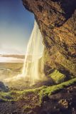 Водопад Seljalandsfoss в южной Исландии Стоковые Изображения