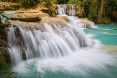 водопад si prabang luang Лаоса kuang Стоковые Фото