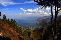 Водопад sipisopiso формы взгляда toba озера Стоковые Изображения
