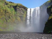 Водопад Skógafoss - Исландия Стоковая Фотография RF