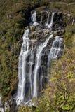 Водопад Tigre Preto (черный водопад тигра) с 400 метрами высокими Стоковое Изображение RF