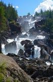 Водопад Uchar на реке Chulcha Altai, Россия Стоковые Изображения RF