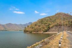 Водосброс и резервуар в Таиланде Стоковое Изображение