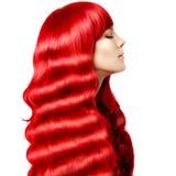 волосы Молодая женщина красоты с роскошными длинными светлыми волосами Wi девушки Стоковая Фотография RF