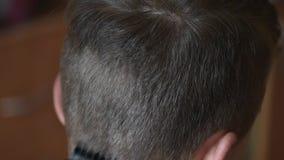 Волосы стрижки мальчика короткие акции видеоматериалы