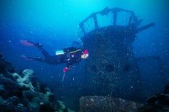 Водолазы и морское кораблекрушение Стоковые Фотографии RF