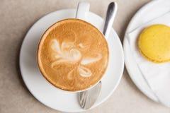 Во первых мне нужен кофе Стоковая Фотография RF